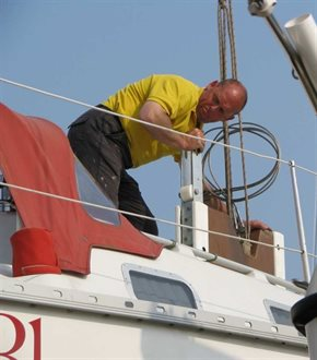 Lowering the keel back in needs concentration